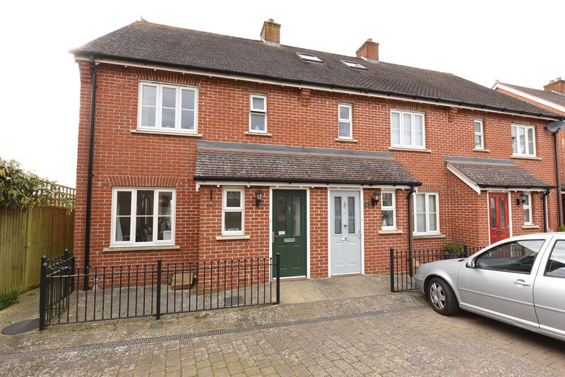 3 Bedrooms House for sale in Overton Hill, Overton