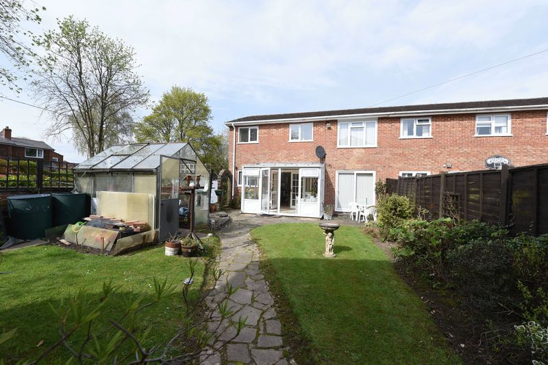 3 Bedrooms House for sale in Longcroft Road, Kingsclere