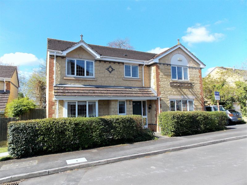 4 Bedrooms Detached House for sale in Styles Park, Frome