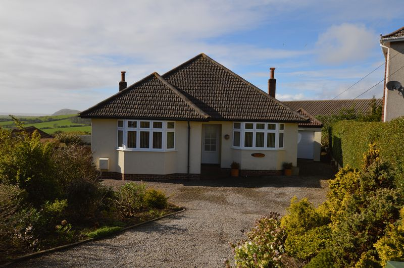 3 Bedrooms Detached Bungalow for sale in Purn Road, Bleadon Hill, Weston-Super-Mare
