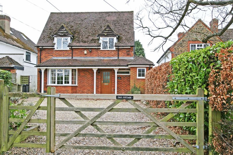 4 Bedrooms Detached House for sale in Hedgerley Hill, Hedgerley, Buckinghamshire SL2