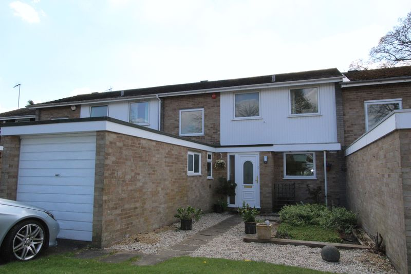 3 Bedrooms Terraced House for sale in Ingleglen, Farnham Common, Buckinghamshire SL2
