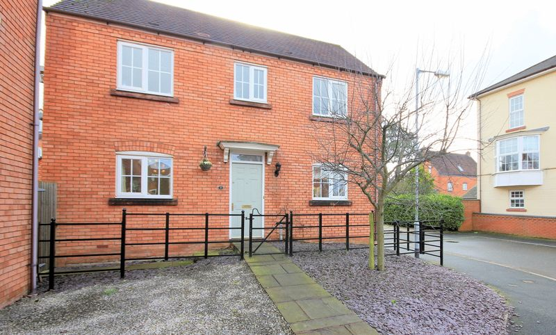 3 Bedrooms Detached House for sale in Caldon Way, Stone