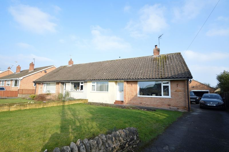 3 Bedrooms Semi Detached Bungalow for sale in Roxby Road, Pickering