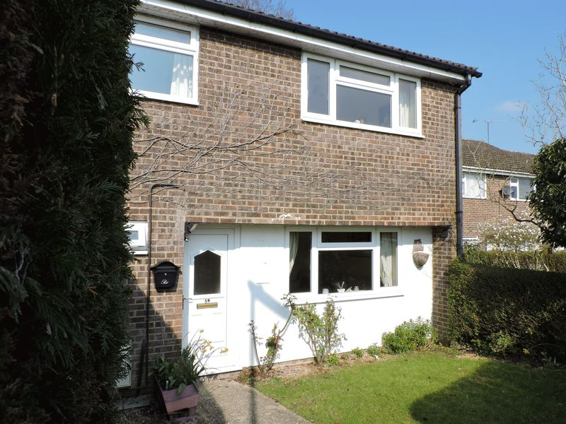 4 Bedrooms Terraced House for sale in Bow Drive, Sherfield-on-Loddon