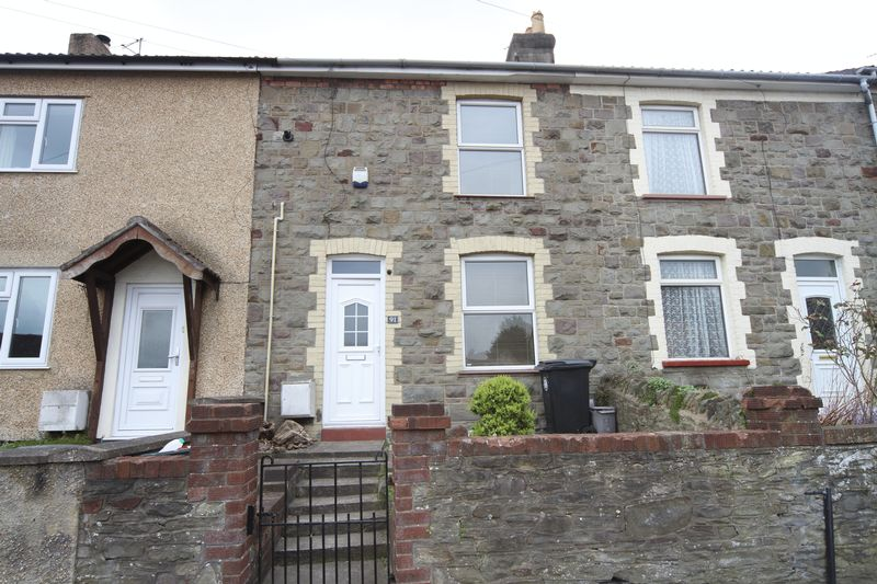 2 Bedrooms Terraced House for sale in Furber Road, Bristol