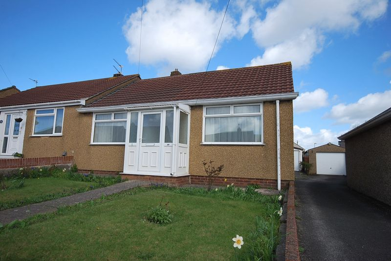 2 Bedrooms Semi Detached Bungalow for sale in Henderson Road, Bristol