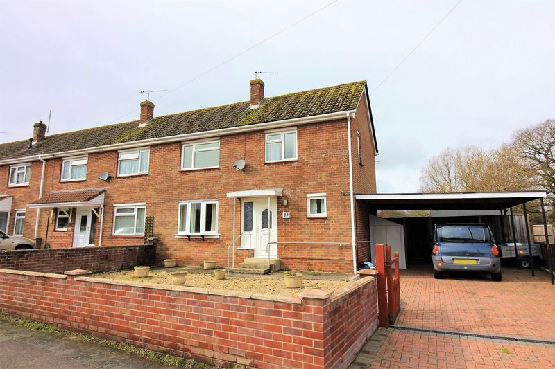 3 Bedrooms Terraced House for sale in Hervey Road, Chard
