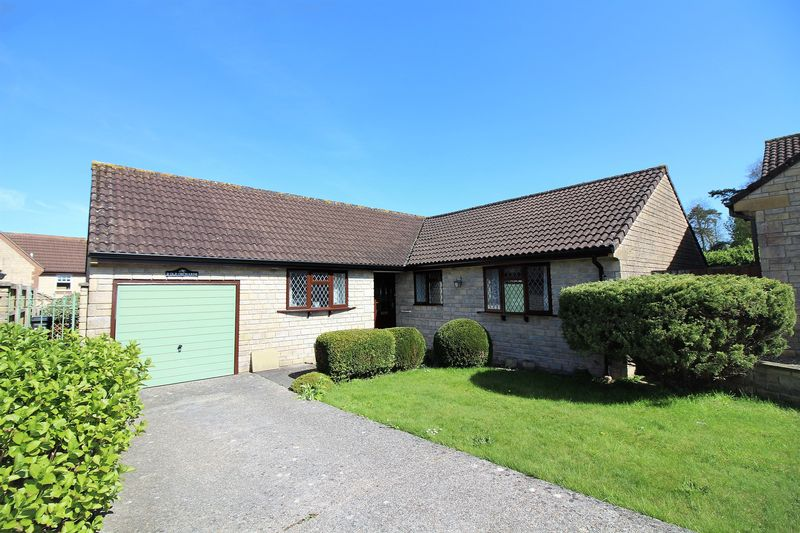 3 Bedrooms Detached Bungalow for sale in Old Orchards, Chard