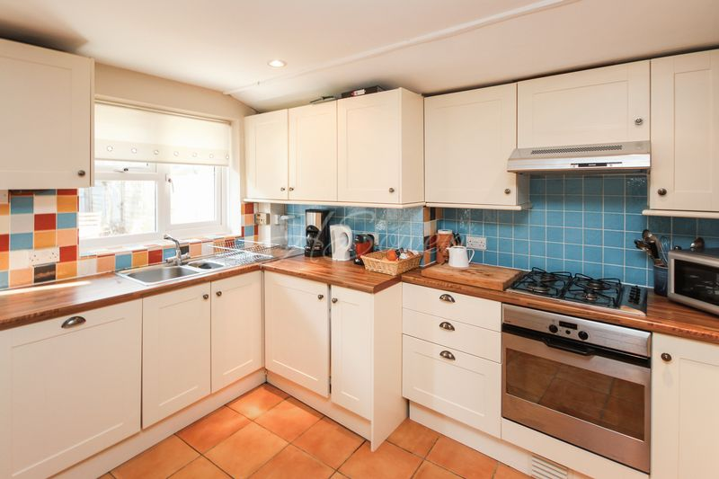 2 Bedrooms House for sale in Greys Cottages, Torquay