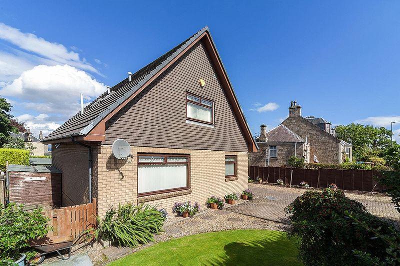 4 Bedrooms Detached House for sale in 1A Grahamsdyke Road, Bo'ness