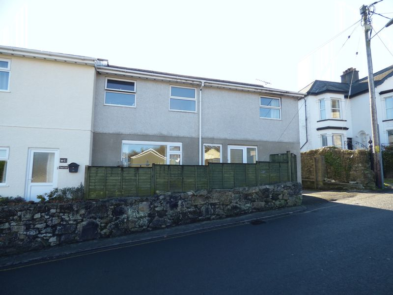 3 Bedrooms Semi Detached House for sale in Gunnislake