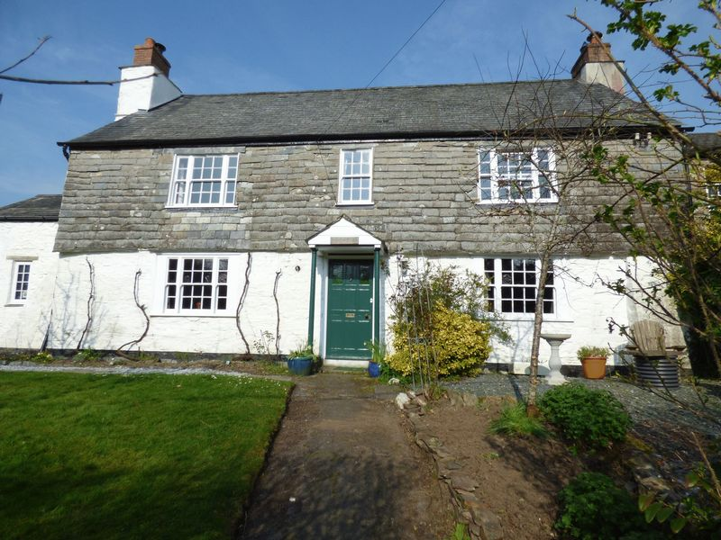 6 Bedrooms Semi Detached House for sale in Mary Tavy