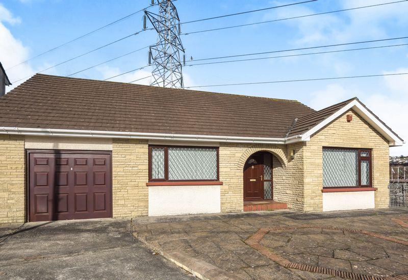 3 Bedrooms Detached Bungalow for sale in Pen Y Gaer Cottages, Llanelli, Carmarthenshire, SA14