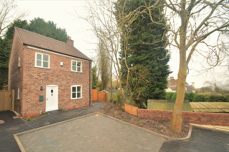 3 Bedrooms Detached House for sale in Hodge Bower, Ironbridge TF8