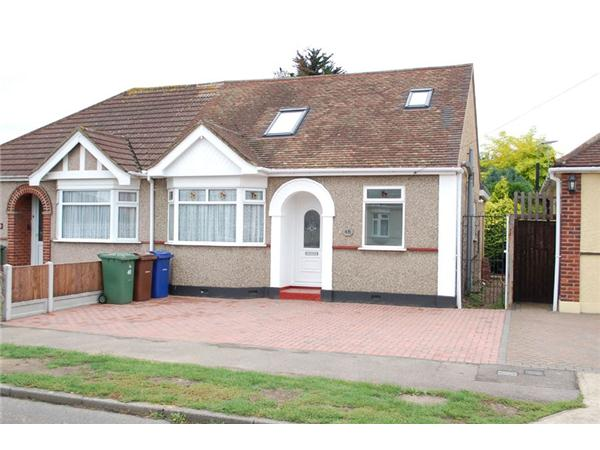 5 Bedrooms Semi Detached Bungalow