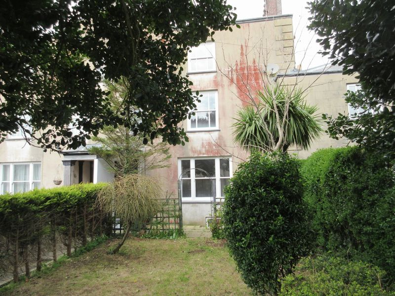5 Bedrooms Terraced House for sale in AMLWCH