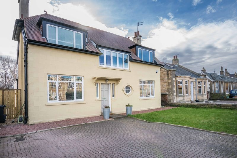 5 Bedrooms Detached House for sale in 74 Inchview Terrace, Craigentinny, Edinburgh, EH7 6TH