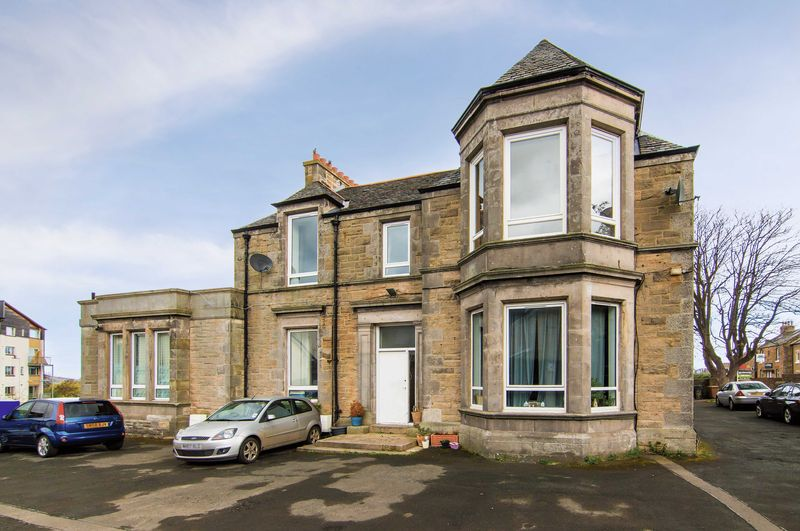 2 Bedrooms Flat for sale in 26/3 Newtoft Street, Gilmerton, Edinburgh, EH17 8RD