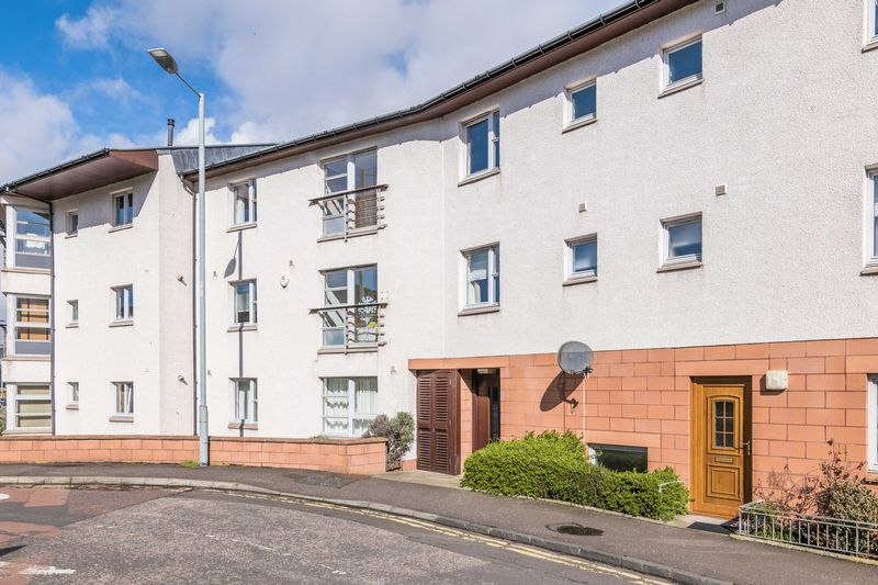 2 Bedrooms Flat for sale in 131/4 Willowbrae Road, Willowbrae, Edinburgh, EH8 7HL