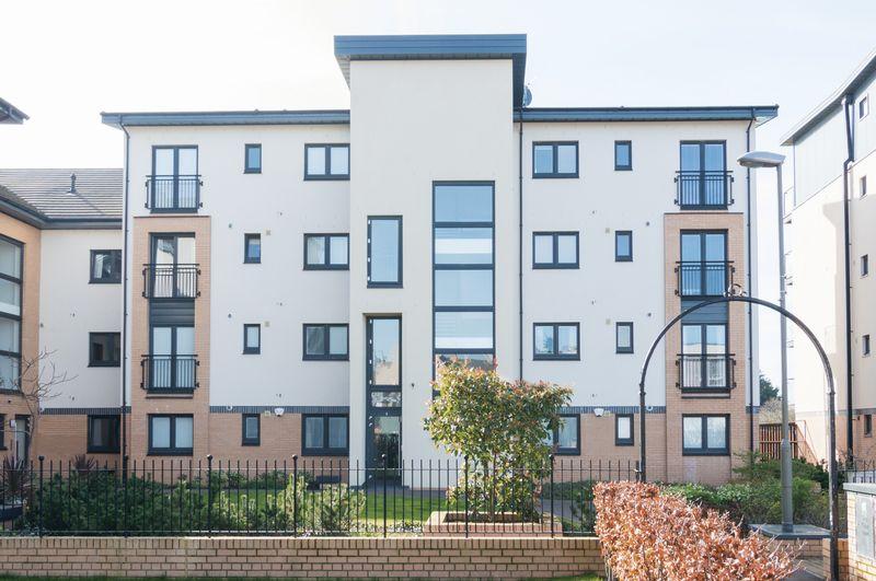 2 Bedrooms Flat for sale in Flat 8, 5 Tait Wynd, Brunstane, Edinburgh EH15 2RH