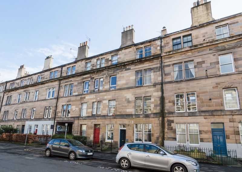 1 Bedroom Flat for sale in 68/6 Montgomery Street, Hillside, Edinburgh EH7 5JA