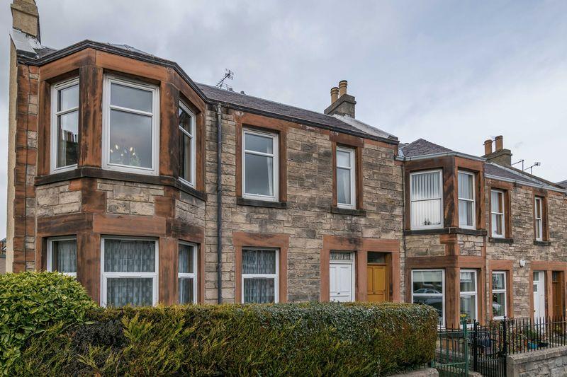 3 Bedrooms Flat for sale in 10 Willowbrae Avenue, Willowbrae, Edinburgh, EH8 7HB