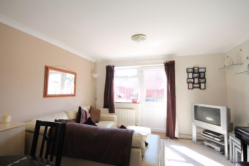 2 Bedrooms Terraced House for sale in Dean Street, Derby