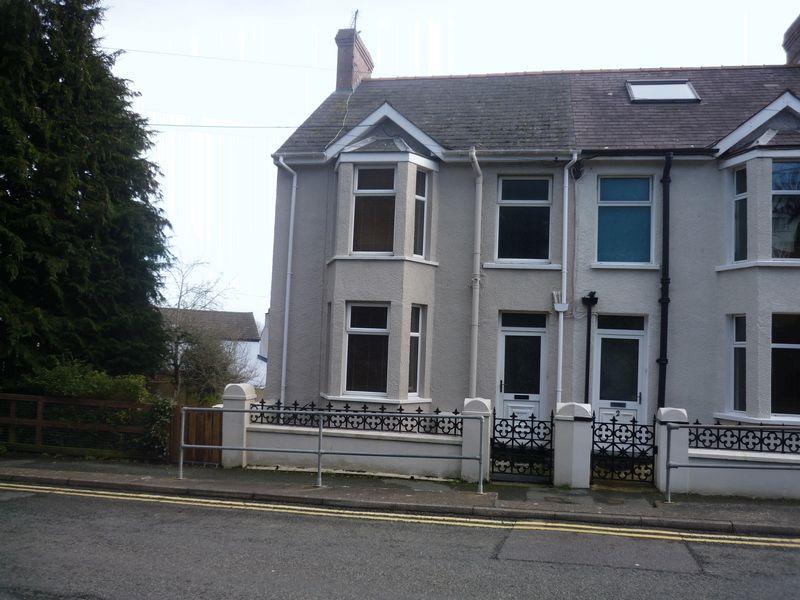 Emlyn Terrace, Goodwick, SA64