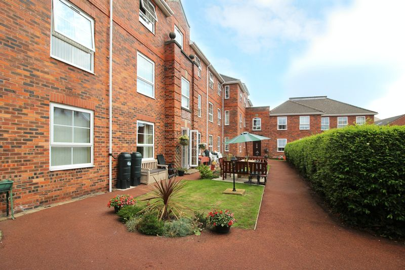 Willow Court