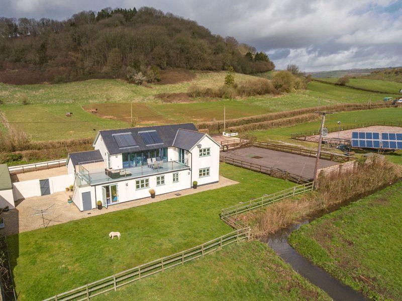 Castle Lane Wookey
