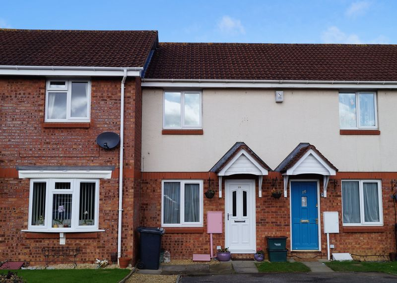 2 Bedrooms Terraced House for sale in Farmington Close, Abbeymead, Gloucester