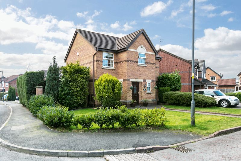 4 Bedrooms Detached House for sale in Wotton Drive, Ashton-in-Makerfield, WN4 8XR