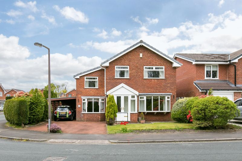 4 Bedrooms Detached House for sale in Ilkeston Drive, Aspull, WN2 1QZ