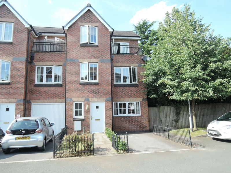 4 Bedrooms Terraced House for sale in Pepper Close, Sharston