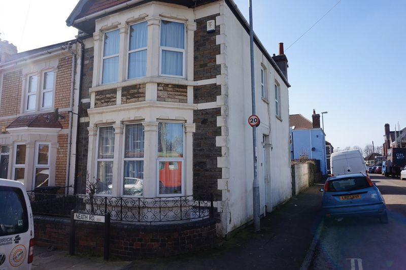 3 Bedrooms Terraced House for sale in Neath Road, Bristol