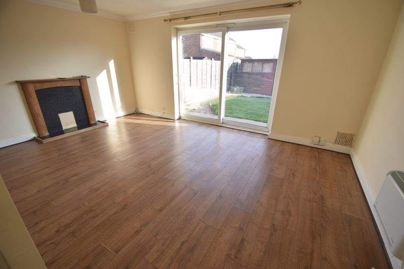 1 Bedroom Property for sale in Seaford Close, Luton