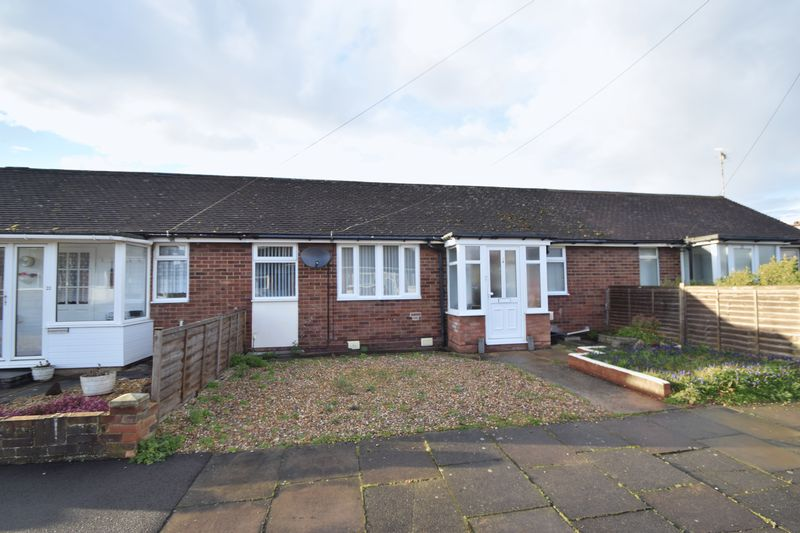 1 Bedroom Bungalow for sale in Wimple Road, Luton