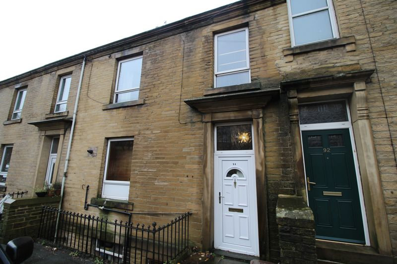 Wakefield Road, Sowerby Bridge, HX6