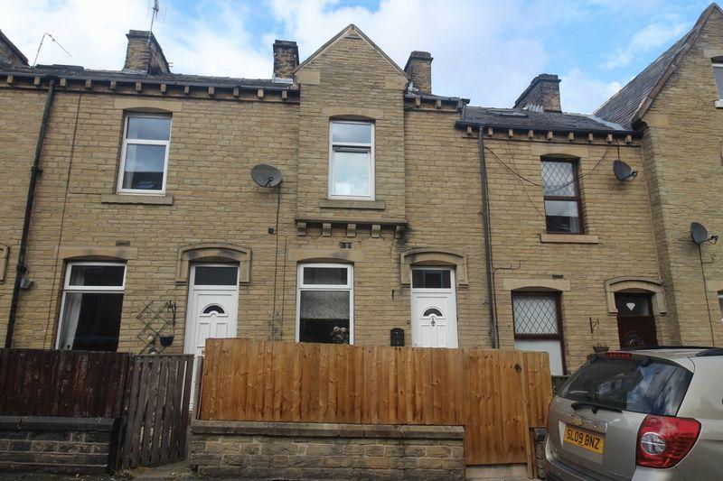 3 Bedrooms House for sale in Elizabeth Street, Elland