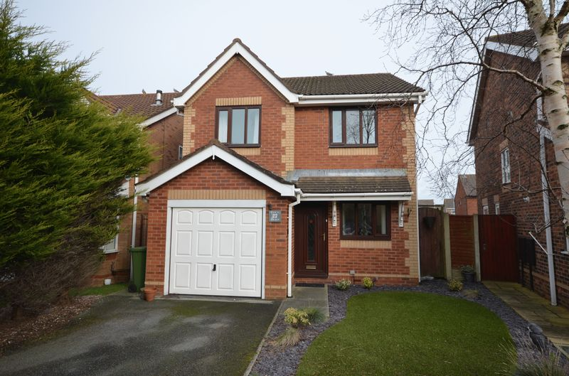 3 Bedrooms Detached House for sale in 22 Canterbury Close, Carleton Lancs FY6 7UU