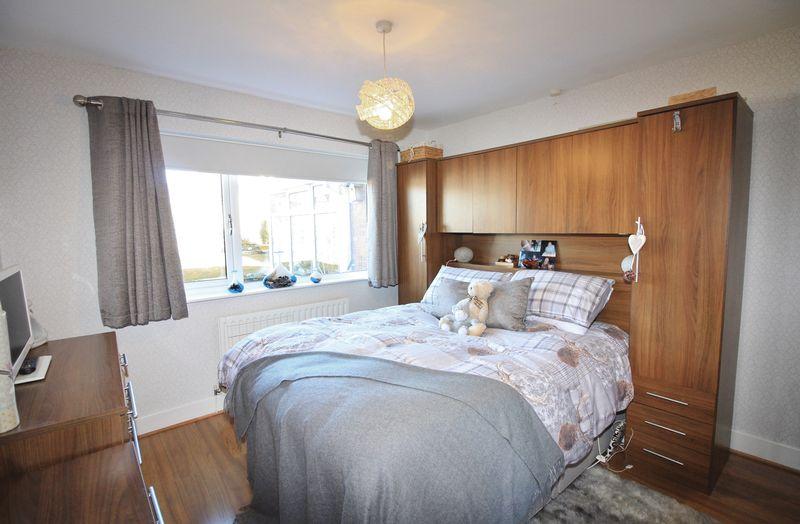 2 Bedrooms Semi Detached Bungalow for sale in 11 Brompton Road, Poulton-Le-Fylde Lancs FY6 8BW