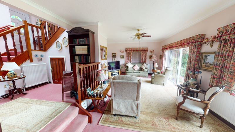 15 Manor Drive