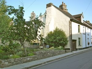 17 Southcombe Street