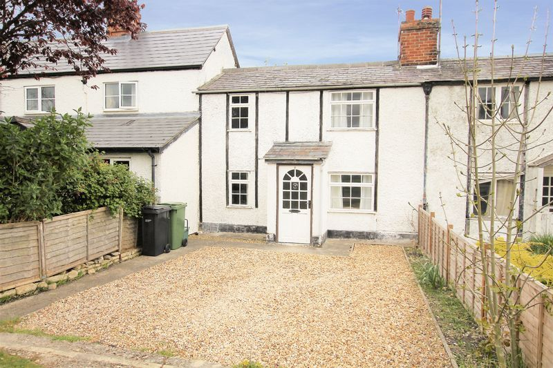 3 Bedrooms Terraced House for sale in Bell Close, Wantage