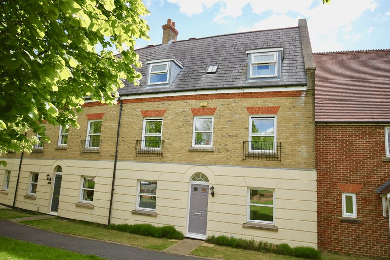 4 Bedrooms Terraced House for sale in Buckbury Mews, Dorchester, DT1