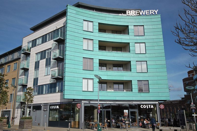1 Bedroom Flat for sale in Brewery Square, Dorchester, DT1