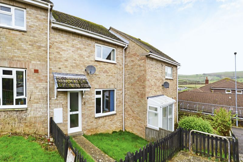 2 Bedrooms Terraced House for sale in Rockhampton Close, Weymouth, DT3