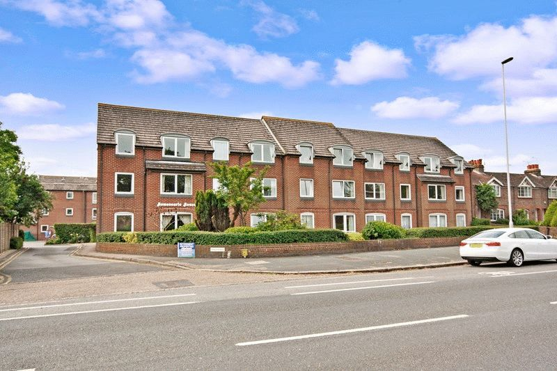 1 Bedroom Retirement Property for sale in HOMESEARLE HOUSE