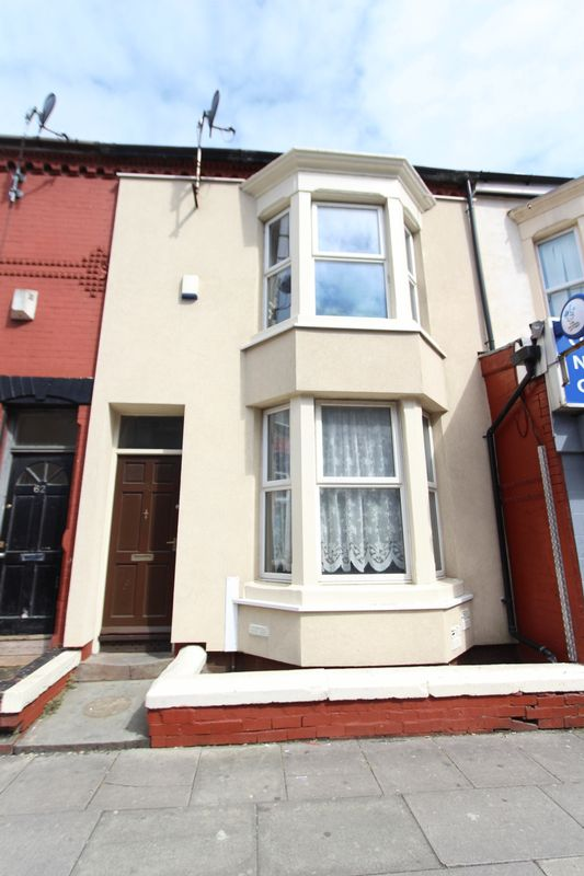 4 Bedrooms Terraced House for sale in Hawthorne Road, Bootle